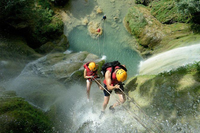 Day Tour: Canyoning at Mil Cascadas from Cuernavaca