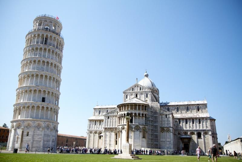 Excursion from Florence to Pisa with preferred entrance to the Leaning Tower