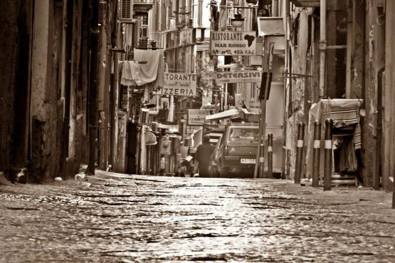 Naples by night - city tour by car and lots of information!