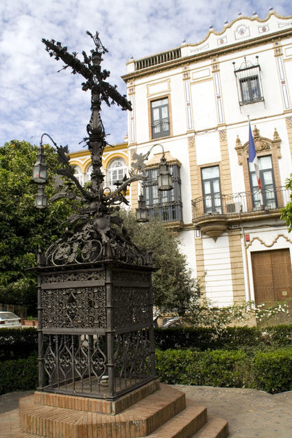 Seville: Medieval Walking Tour