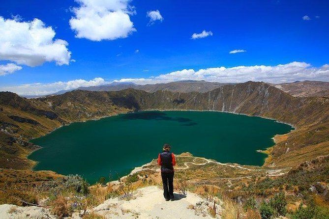 2-Day Antisana and Quilotoa Volcanoes Private Trip from Quito