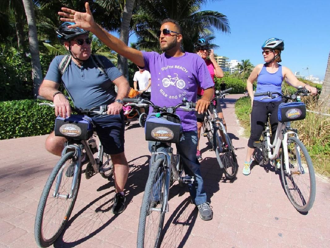Taste of Little Havana Cuban Food and Bike Tour from Miami