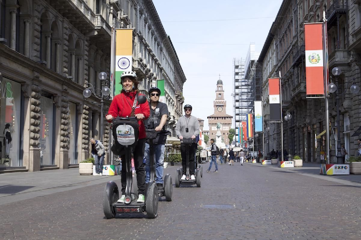 Milan Small Group Segway Tour with Local Guide