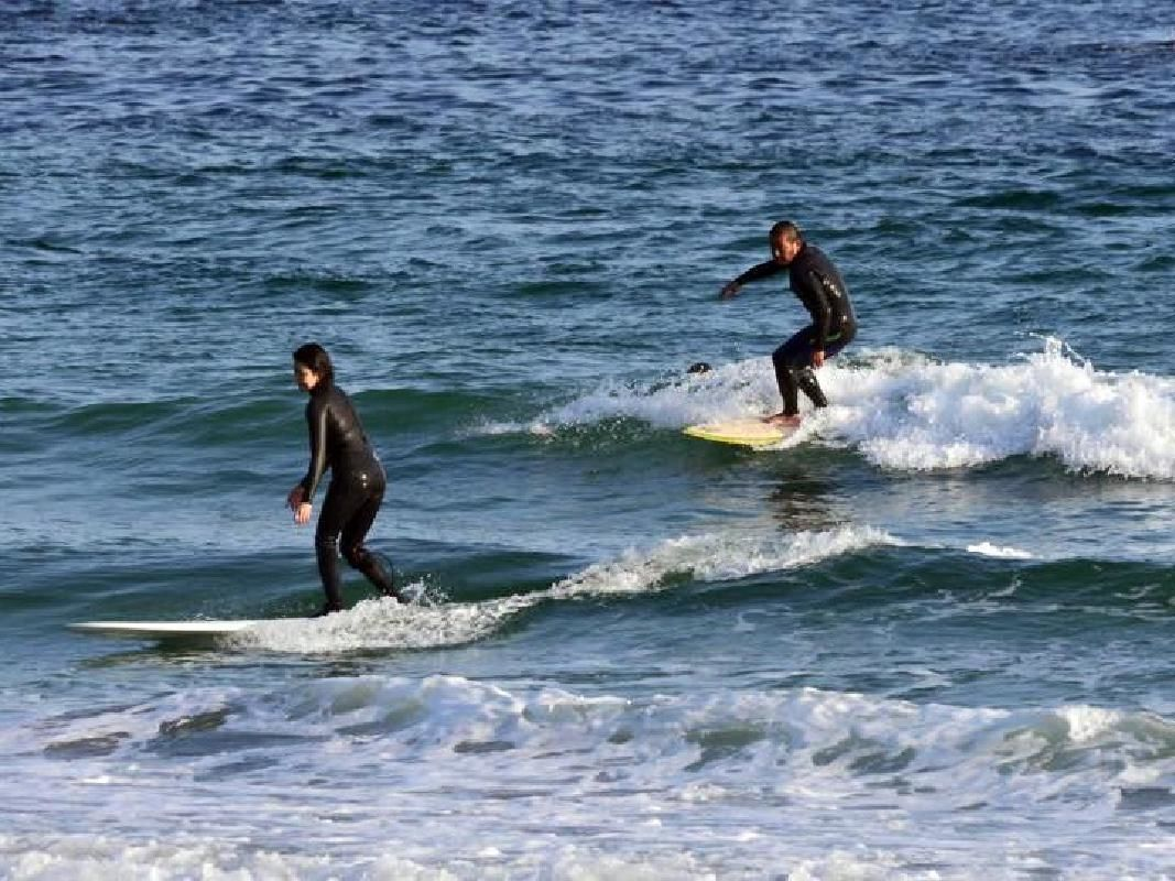 Surfing Class for Beginners with Experienced Teachers in Shizuoka