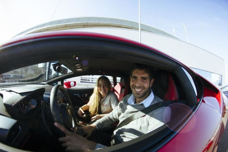 Drive a Ferrari - The Old City & the Port of Barcelona: 20 minutes Tour