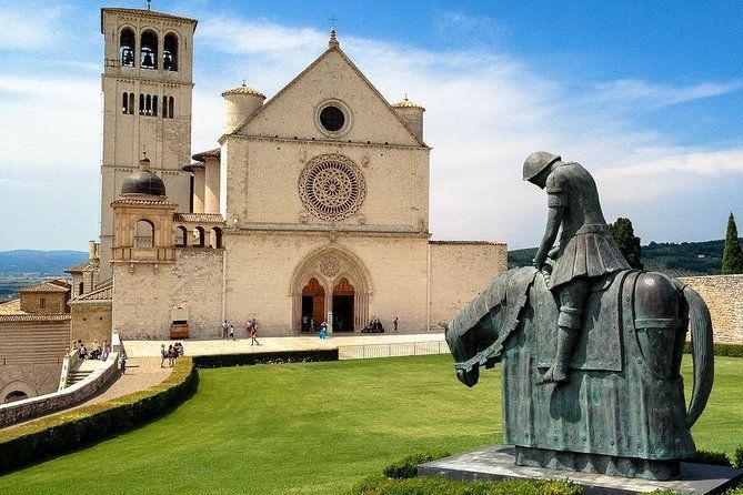 Assisi Private Walking Tour including St. Francis Basilica