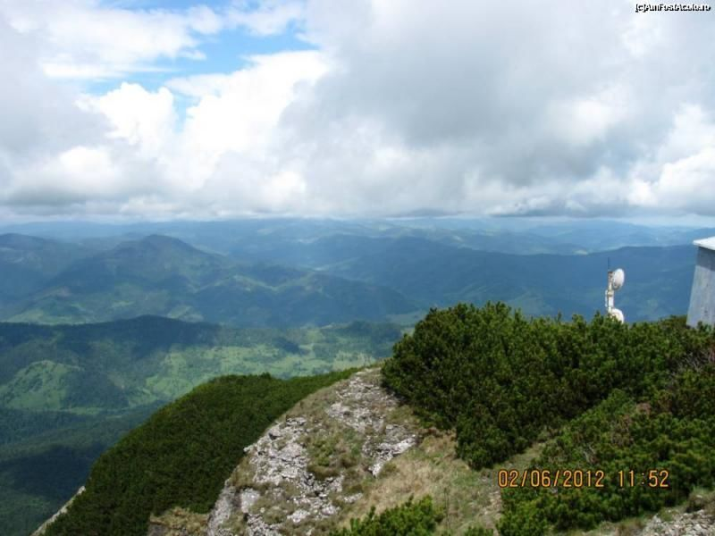 7-day trekking tour through the Ceahlau Mountains