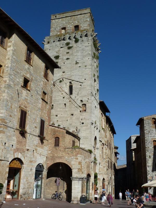 Discover San Gimignano