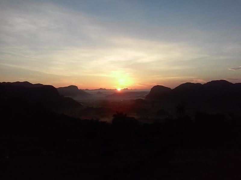 Hiking Tour in Viñales at Sunrise