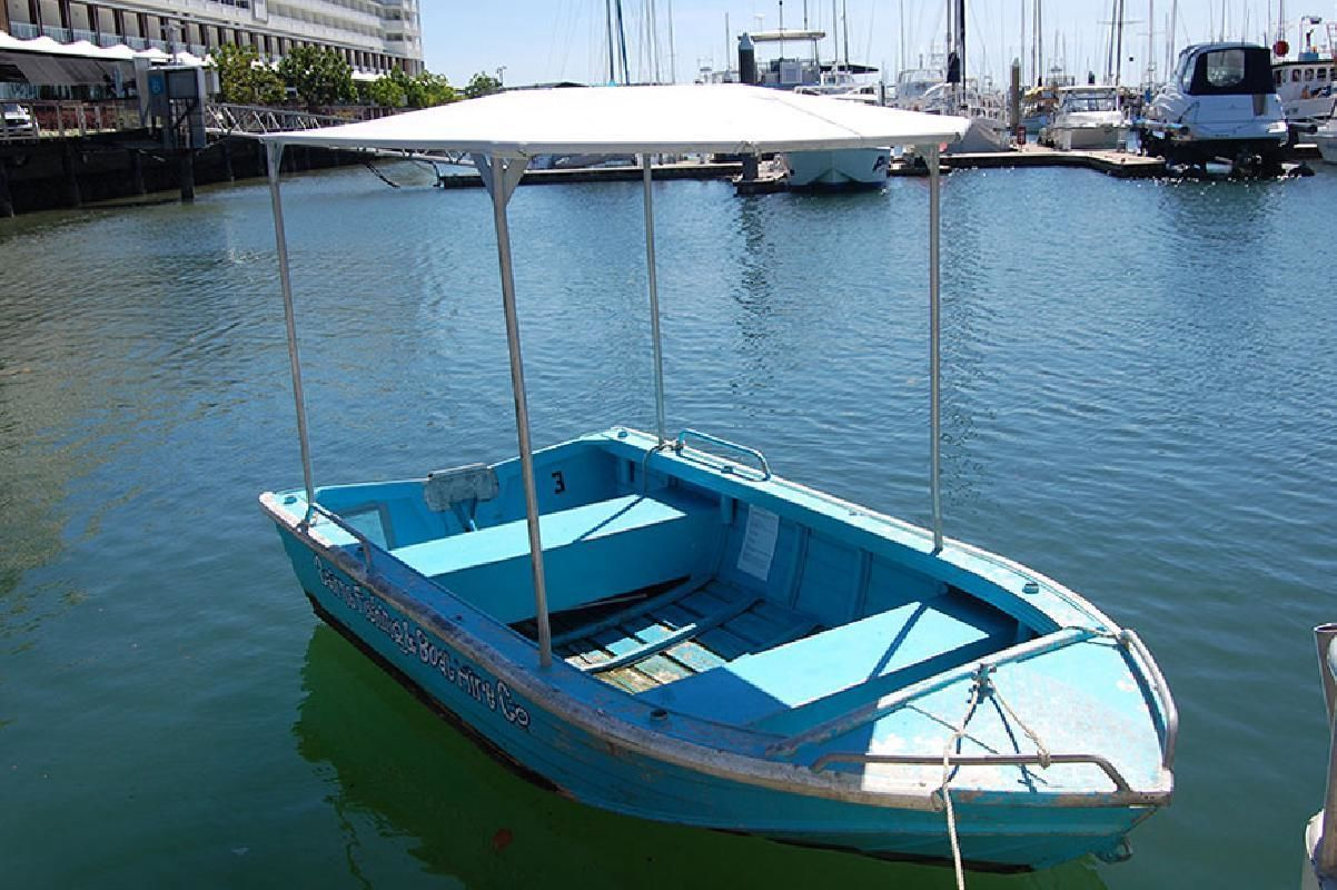 Cairns Pontoon or Tinny Boat Rental on Trinity Inlet