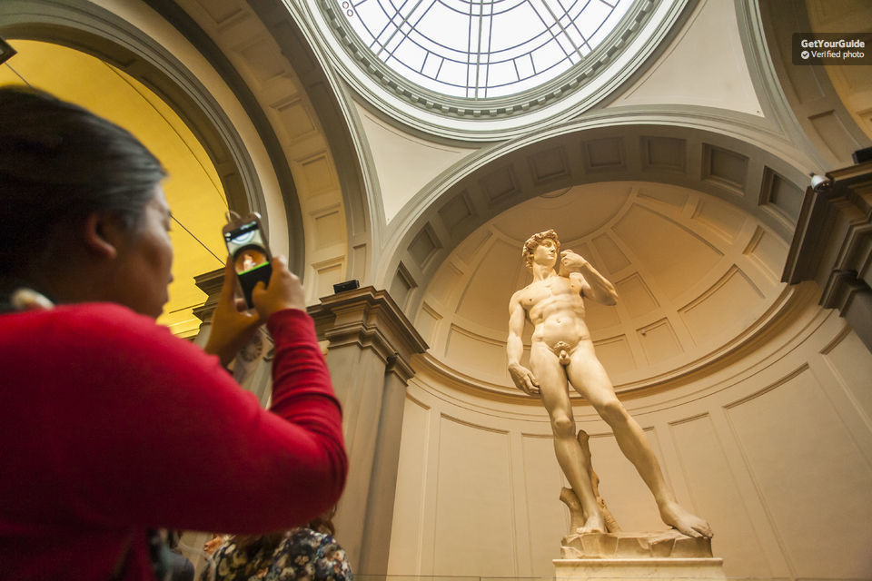 Skip-the-Line City Tour with Uffizi & Accademia Gallery