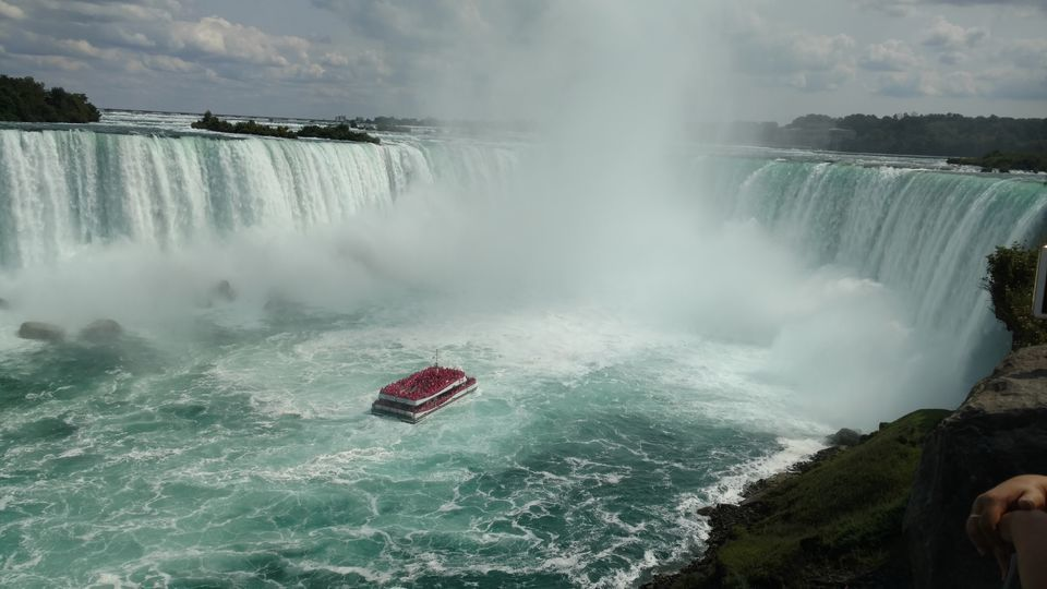 'Voyage to the Falls' Boat Tour with Optional Fast Track