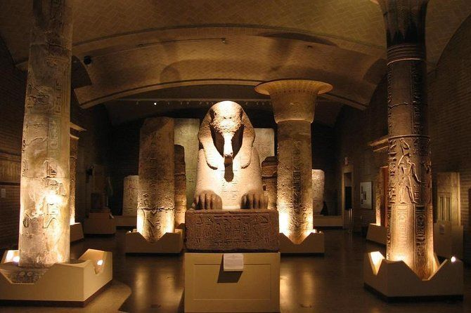 Private tour Giza Pyramids & Egyptian Museum from Hurghada by car