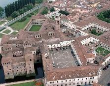 Guiding tour in the city centre of Mantua (Mantova)