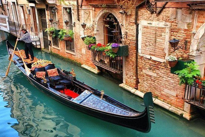 Excursion from Rimini to Venice by minivan