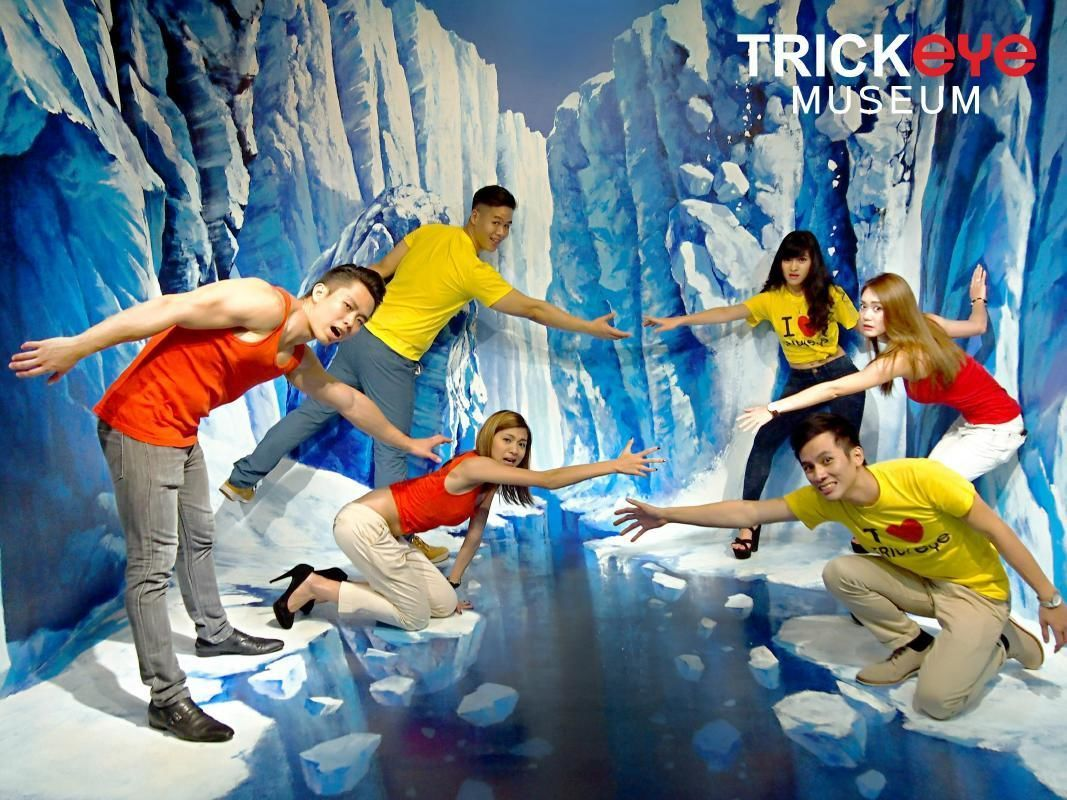 Reserve Ticket for Singapore's Trick Eye Museum