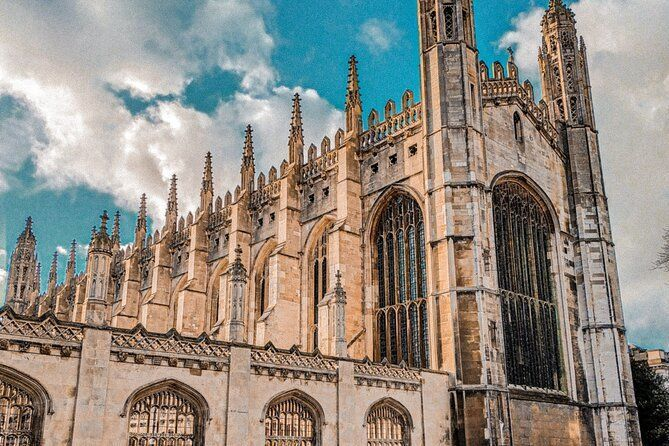 Self-Guided Cambridge Instagram Tour - Top Photo Spots