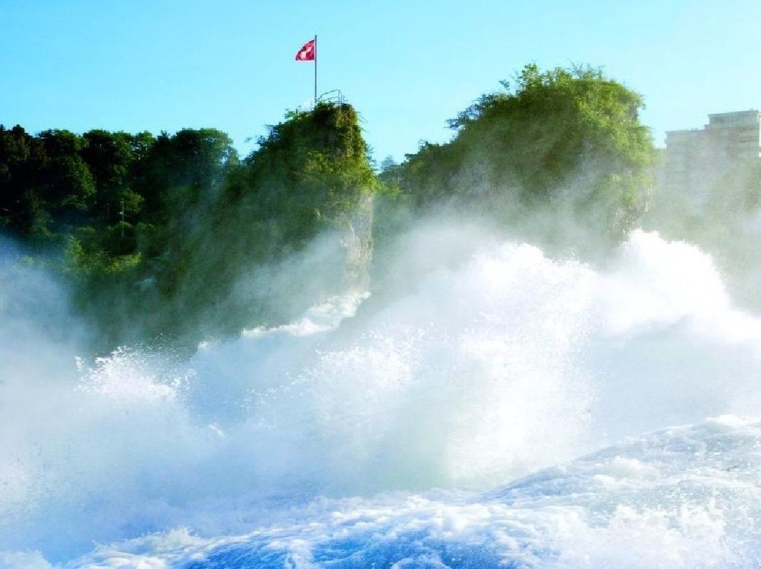 Rhine Falls and Stein am Rhein Afternoon Tour from Zurich