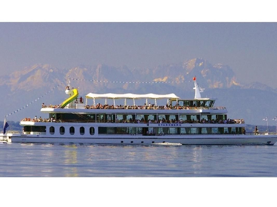 Lake Starnberg River Cruise and Classical Music Concert with Dinner