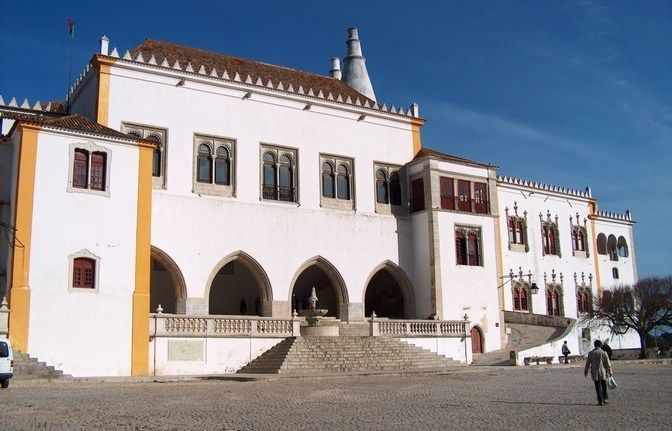 Excursion through the west of Portugal: Obidos, Peniche, Baleal and Mafra