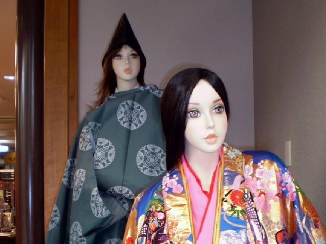 Heian Costume Kimono Dress-up Experience at Miyajima Island