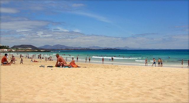 Excursion from Lanzarote: Fuerteventura - beach and shopping