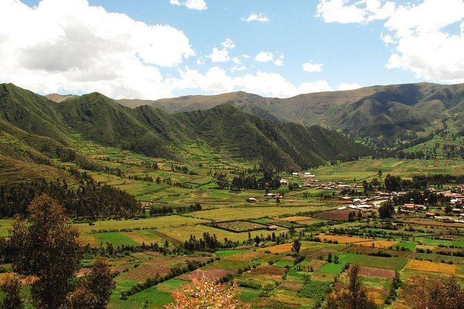 One-Way Shared Transfer from Sacred Valley Hotels to Ollantaytambo Train Station