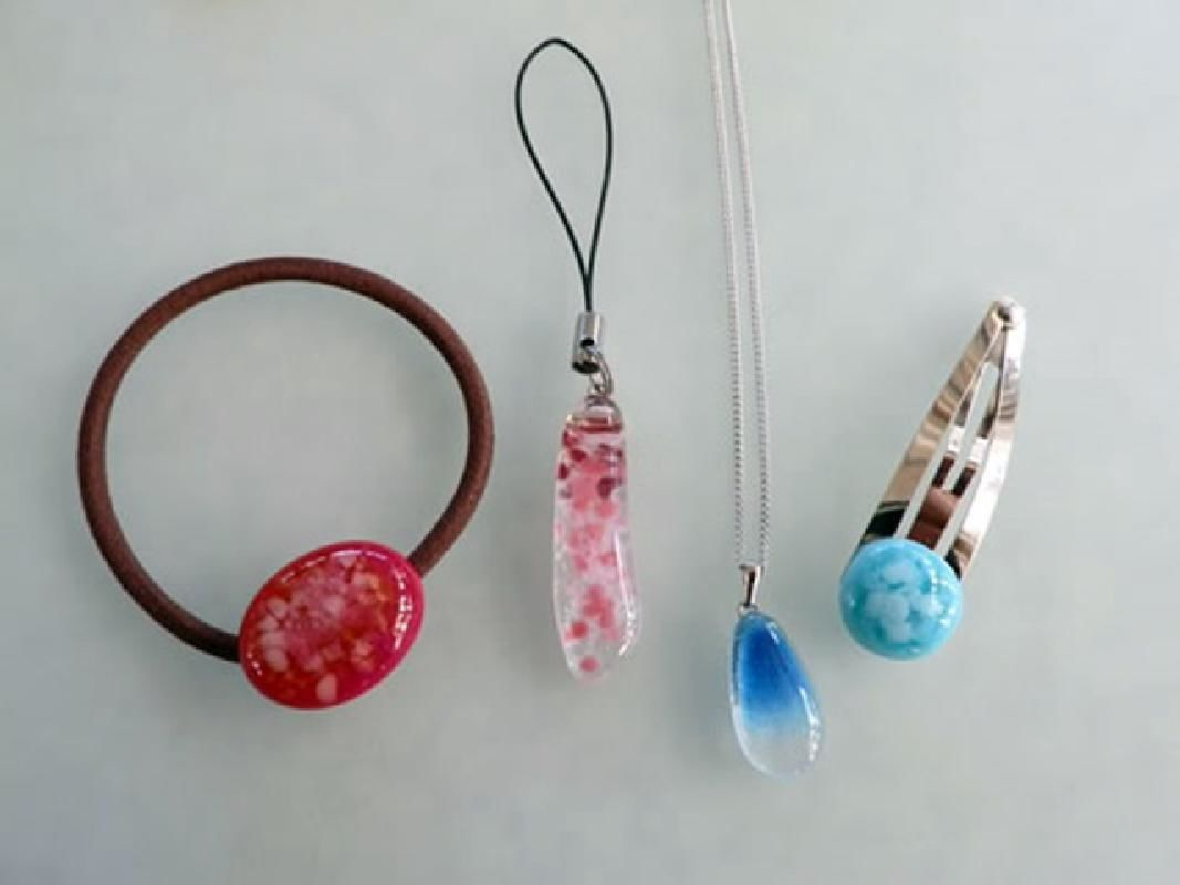 One Day Glass Accessory Making Class in Shimoda