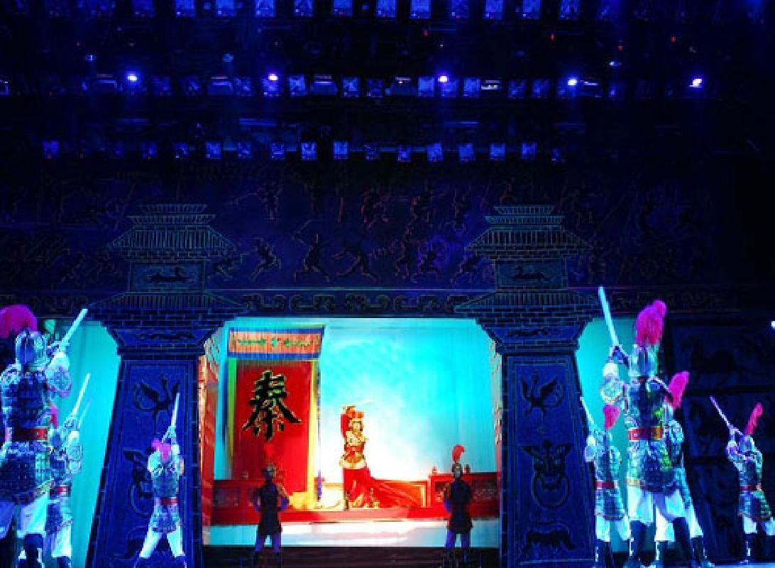 Xi'an Dumpling Banquet and Tang Dynasty Show Group Tour with Hotel Pick-Up