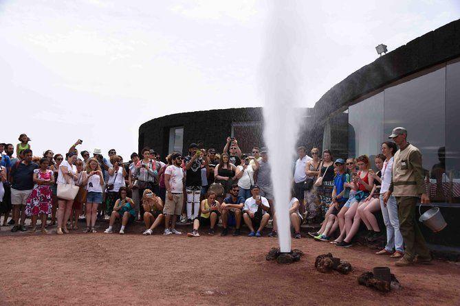 Lanzarote Gran Tour To Timanfaya Volcano and Jameos del Agua