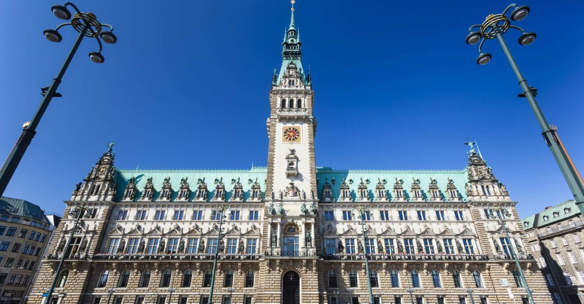 Hamburg: Free Walking Tour with Booking Fee