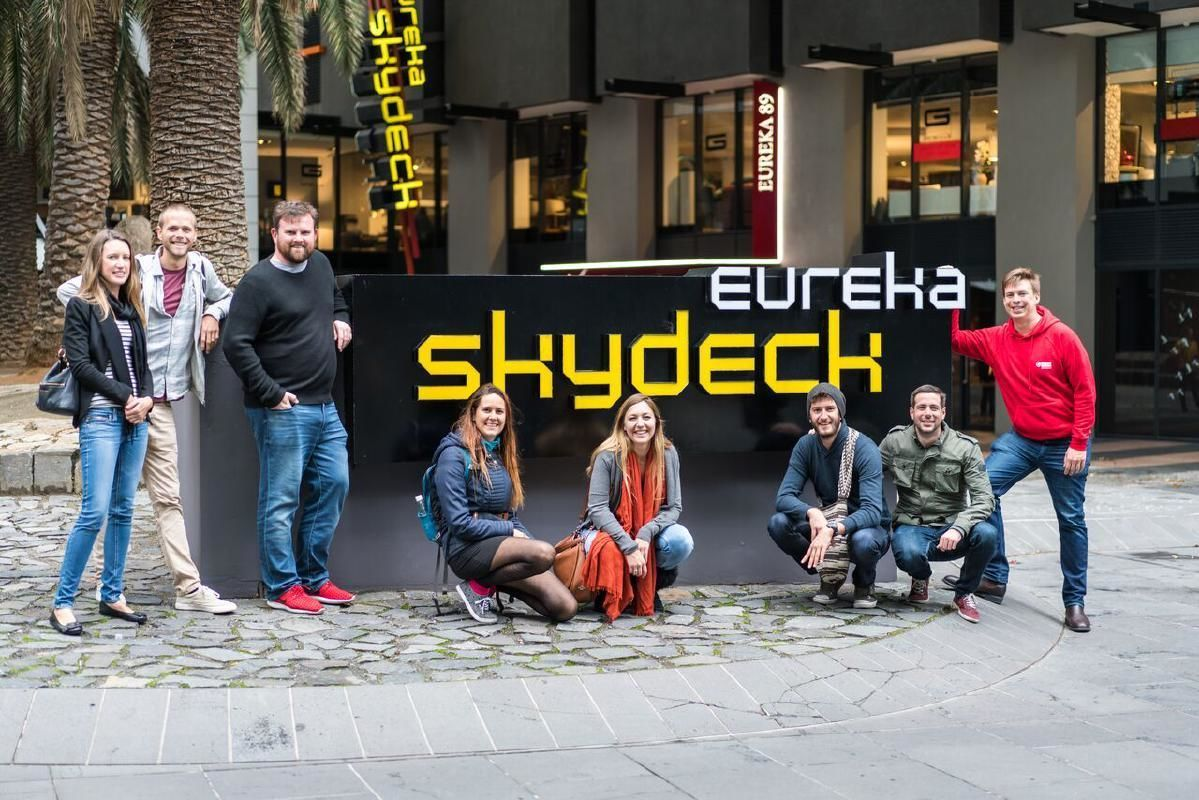 Melbourne Food and Street Art Half Day Tour with Eureka Skydeck 88 Entry Ticket