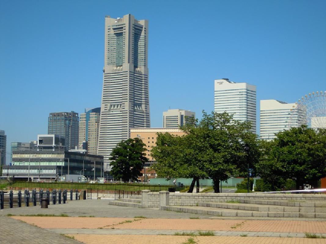 Short Private Sightseeing Taxi Tour of Yokohama