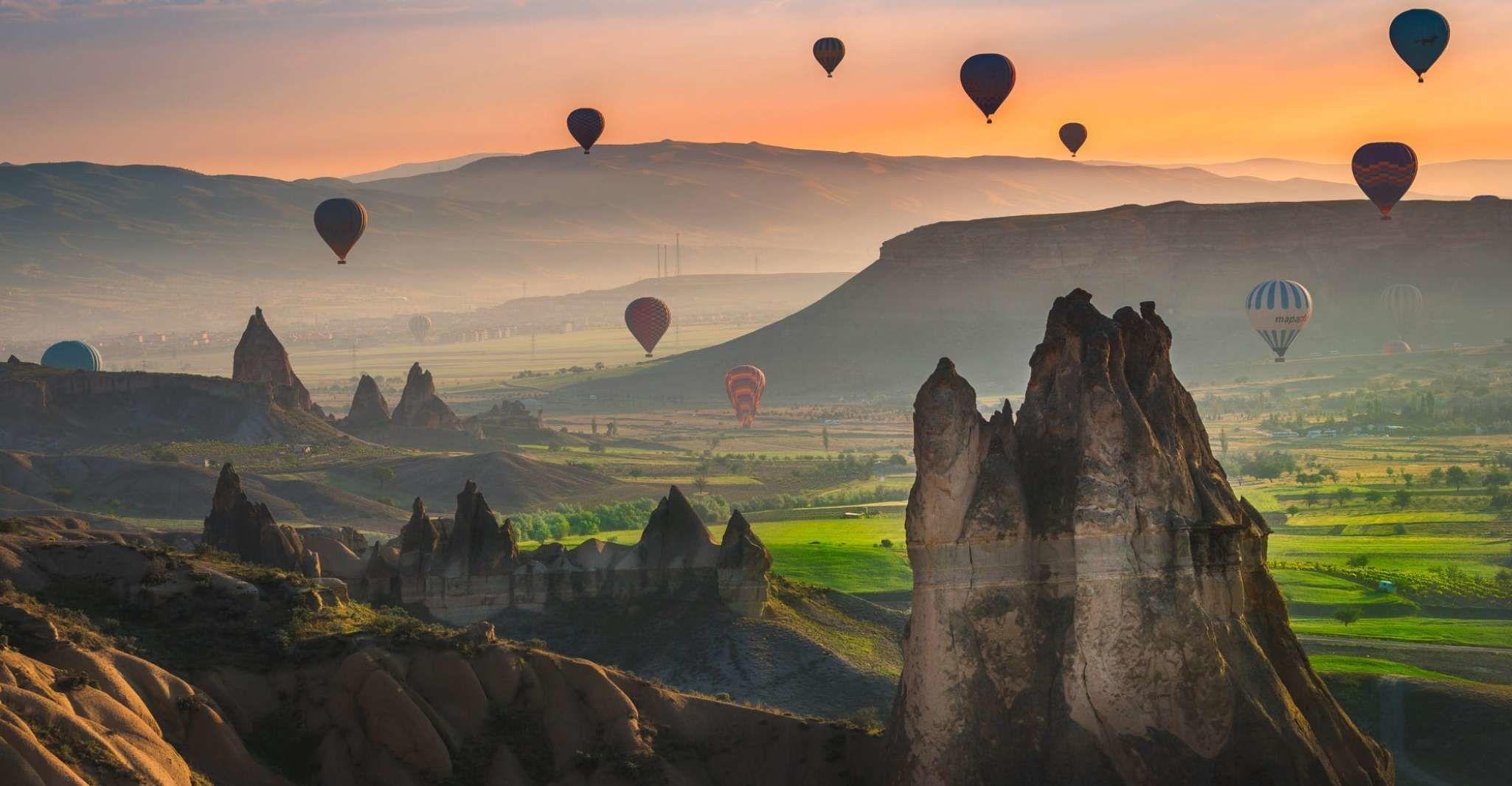 Cappadocia: Sunrise Hot Air Balloon Flight
