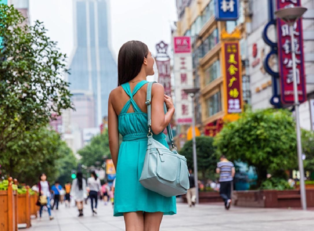 Private Tour of Modern Shanghai with Huang River Cruise