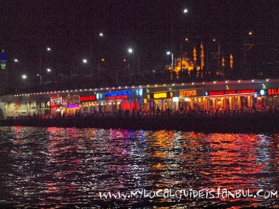 Taste of Turkey on Two Continents at Night: Small Group Istanbul Walking Tour