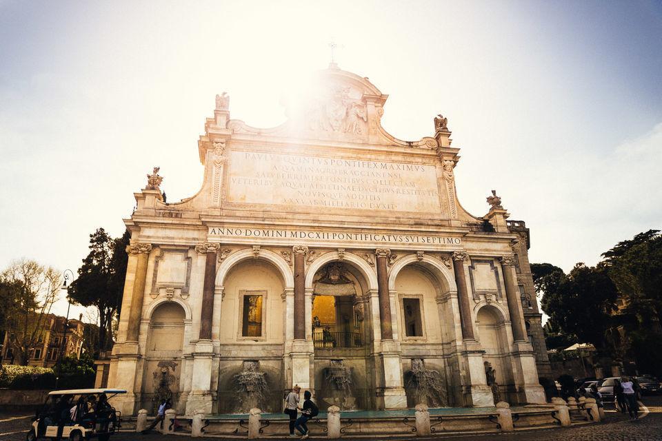 Vatican: Pope, Pizza and Prosecco Private Tour