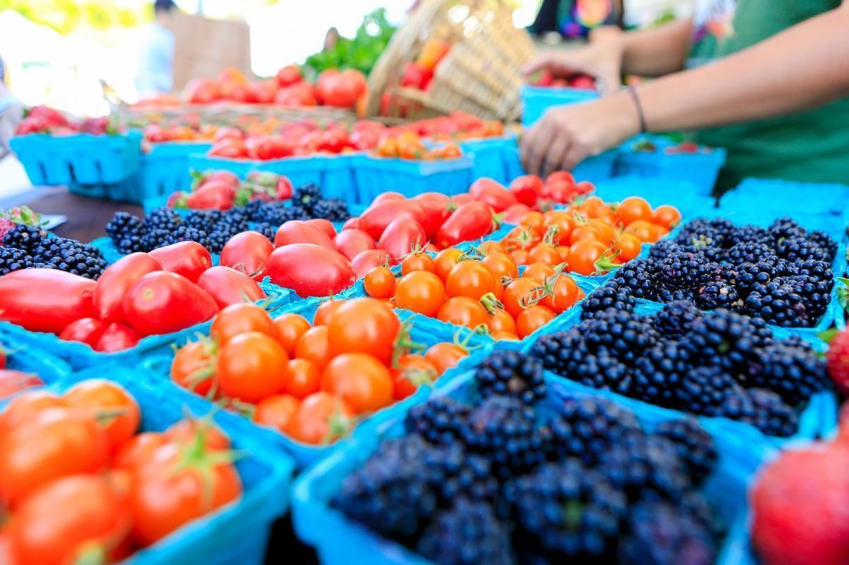 Los Angeles' Original Farmers Market Guided Food & History Tour