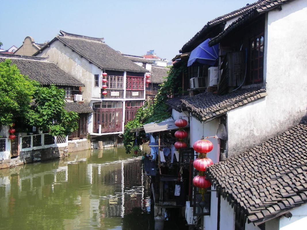 Private Day Trip of Zhujiajiao Village and Qibao Seven Treasures from Shanghai