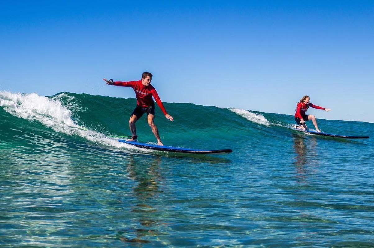Introductory Surfing Excursion in Broadbeach