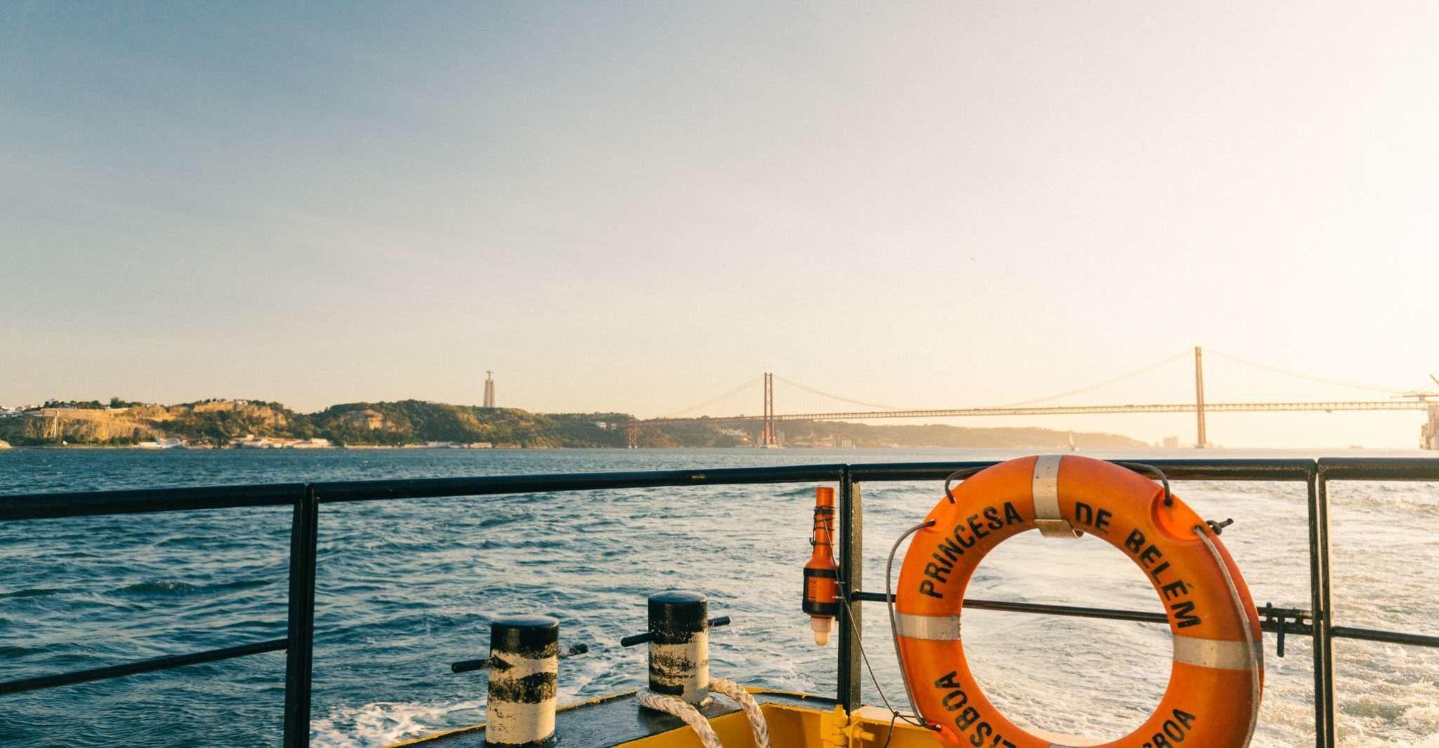 Lisbon: Hop-on Hop-off 48-Hour Bus and Boat Tour Ticket