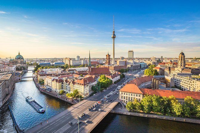 Best of Berlin Join-in Shore Excursion from Warnemünde or Rostock with Wi-Fi