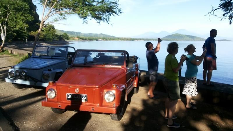 Private Tour: Unknown Bali with cult VW-Jeep