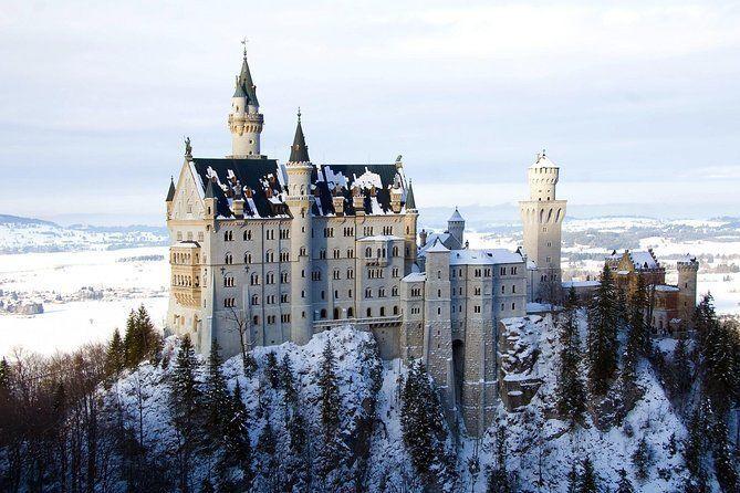Winter tour to the royal castles Neuschwanstein und Linderhof from Munich