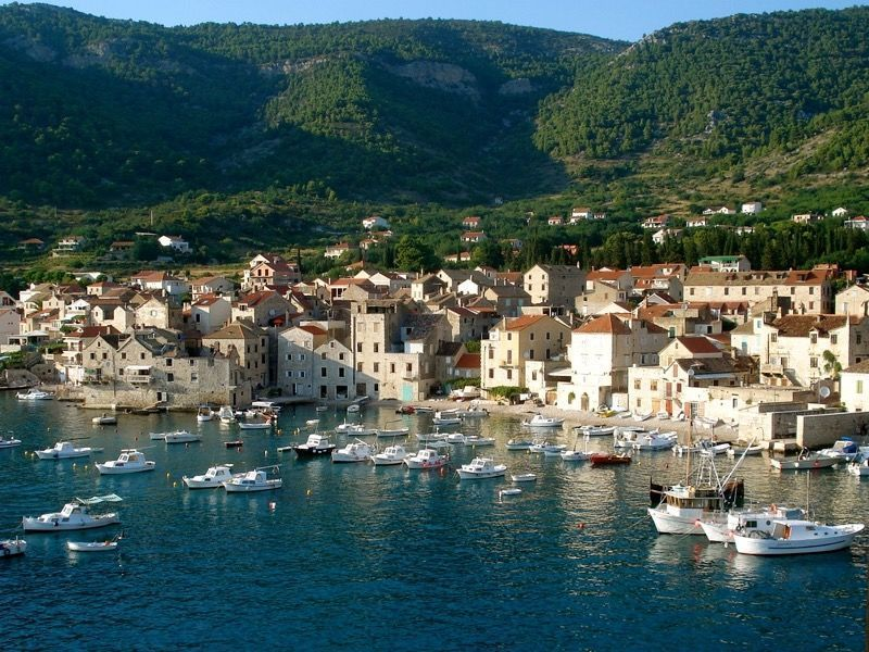 Hvar 5 Islands and Blue Cave Tour from Trogir and Split