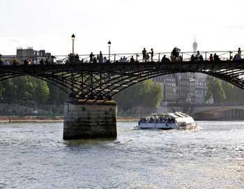 2 Days Pass Paris City Tour & Seine