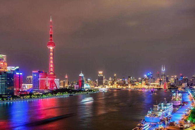 Shanghai Private Night Tour with Huangpu River Cruise, the Bund and Xintiandi