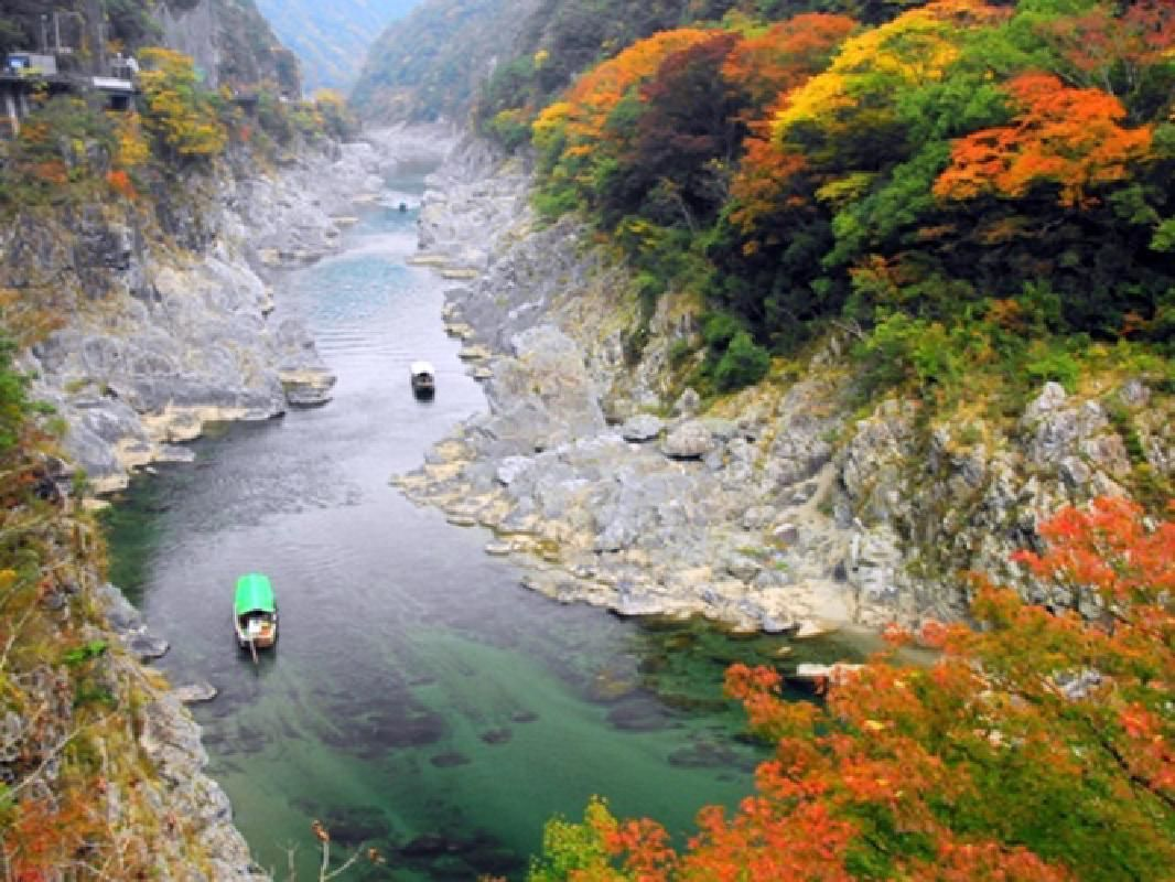 Private Charter Taxi Tour of Iya Valley and Oboke Valley
