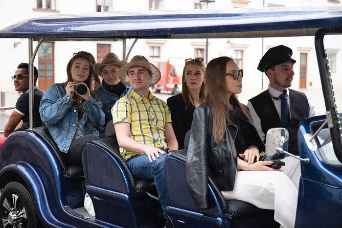 1 Hour Vienna Ring Tour Featuring Top 31 Attraction Points