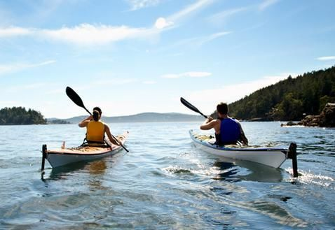 Mountain Lake Canoe Experience from Madrid